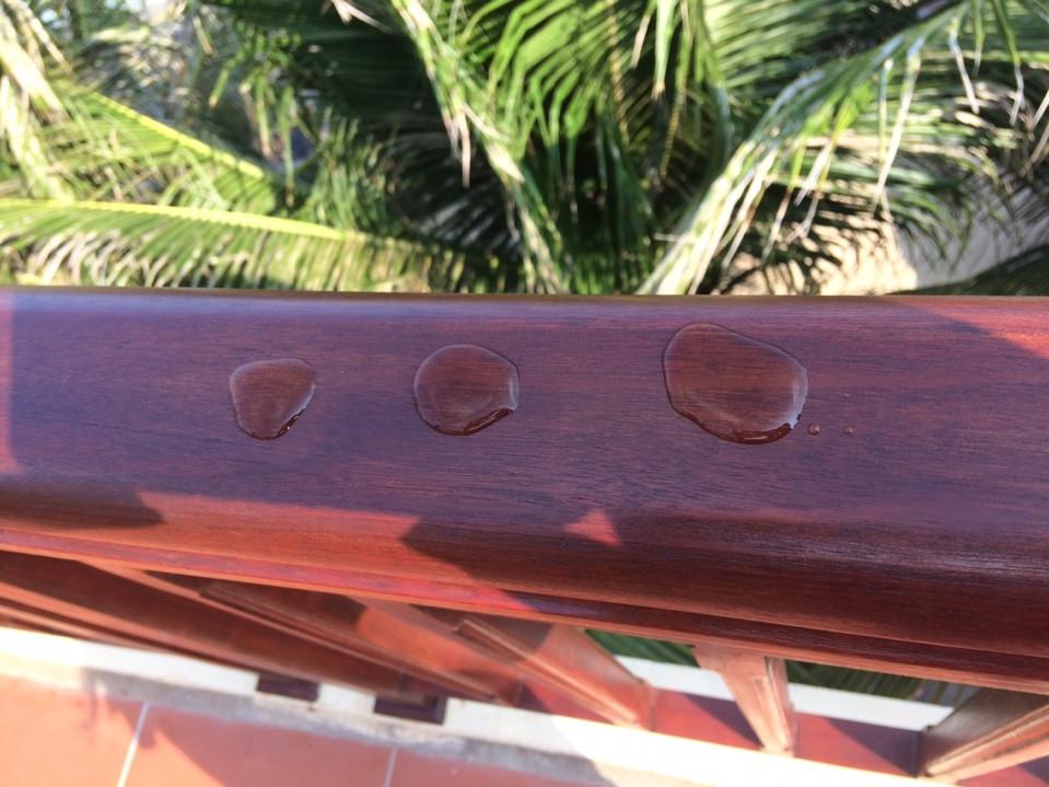 Sơn dầu GORI sơn cầu thang gỗ ngoài trời
